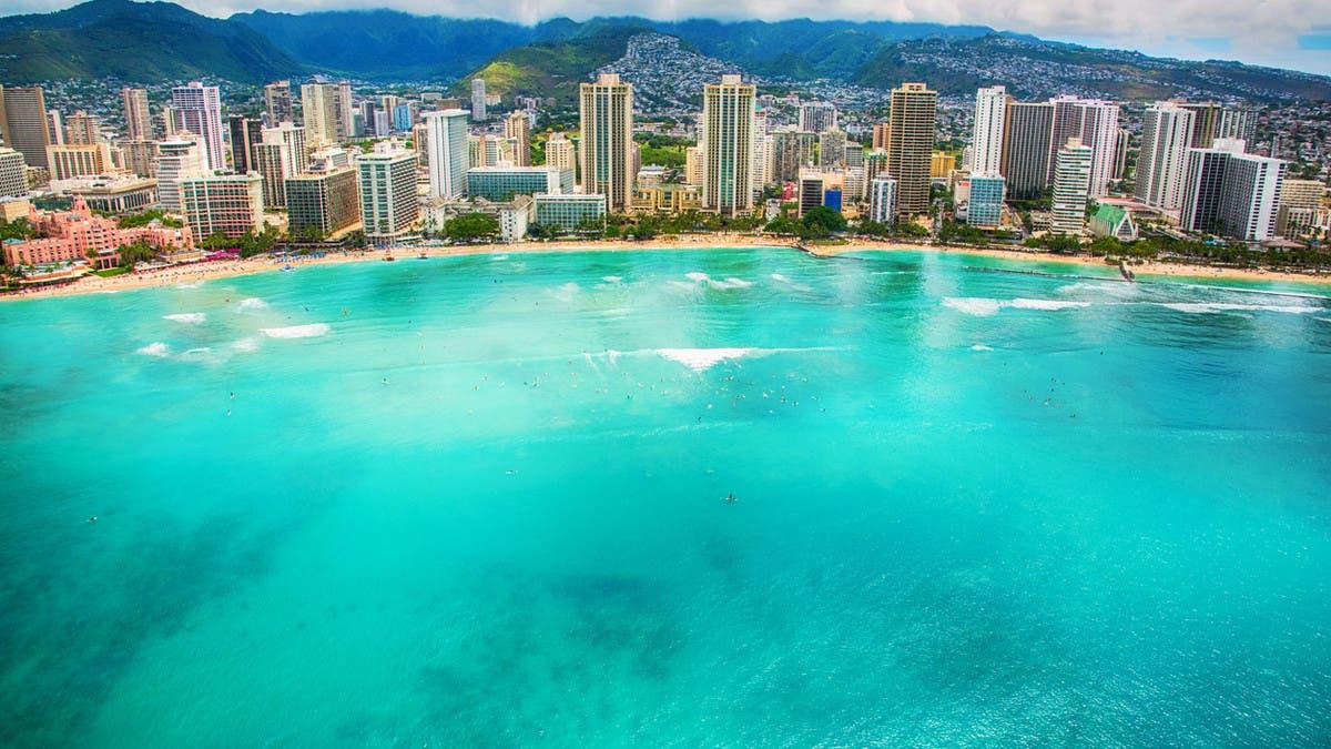 هاواي ترحب بالسياح المحليين مجدداً تمهيداً لفتح السفر الدولي thumbnail