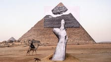 شاهد.. العربية.نت تتجول بأول معرض مصري عند هضبة الأهرامات