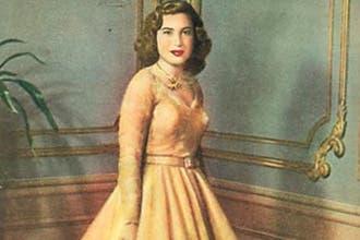 وفاة ملكة مصر السابقة ناريمان صادق عن 72 عاما