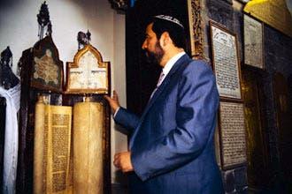 """""""العربية.نت"""" تكشف لغز اللّحامين الذي تسبب في هجرة يهود سوريا"""