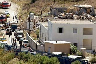 ارتفاع حصيلة الهجوم الانتحاري على ثكنة جزائرية إلى 30 قتيلا