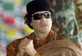 """كوشنير معلقا على زيارة القذافي: """"من غير الوارد نسيان"""" ضحاياه"""
