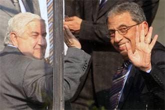 عمرو موسى يصل بيروت لمتابعة الخطة العربية لحل الأزمة اللبنانية