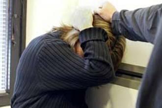 1 in 10 Algerian women beaten daily: report