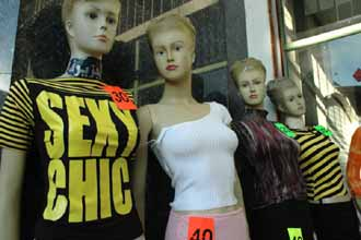 UAE emirate bans mannequins from shops