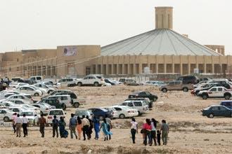 جدل يثيره تصريح سفير الفاتيكان ببحث بناء كنائس في السعودية