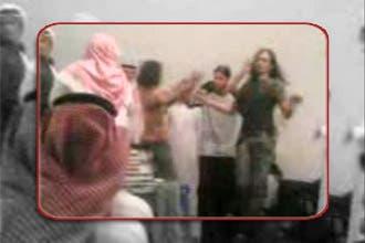 """الشرطة السعودية توقف 30 شابا أحيوا حفلة """"مريبة"""" في مكة"""