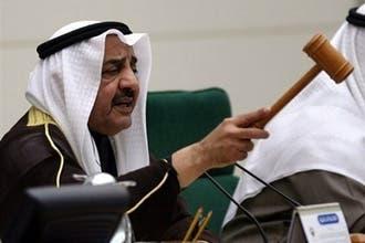 """الكويت تستجوب نائبين شيعيين سابقين بشأن مراسم تأبين """"مغنية"""""""