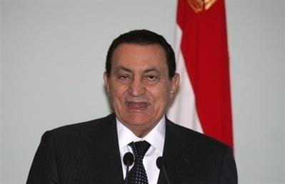 مبارك يستبق إضراب 4 مايو برفع الرواتب 30% لمواجهة الغلاء بمصر