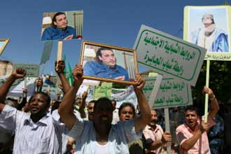 """Swiss president """"seriously worried"""" by Libya row"""