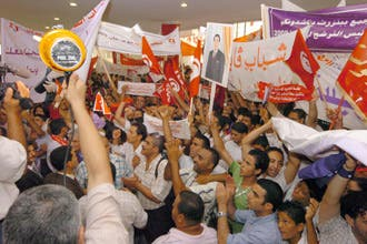 زين العابدين بن علي يوافق على الترشح لولاية خامسة في رئاسة تونس