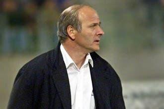 الفرنسي دومنيك بانتيه يعود لقيادة منتخب الإمارات لكرة القدم