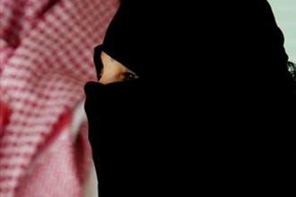 """قاض سعودي يحكم بتطليق زوجة وصفت زوجها بـ""""الحمار"""" في غيابه"""