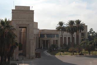 """المالكي: استلام القصر الجمهوري ببغداد يحقق """"حلم السيادة"""""""