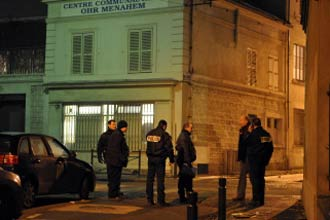 French synagogue hit by Molotov cocktail