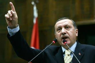 تركيا وحرب غزة: نظام عربي معتل يصدر قضاياه إلى قوى إقليمية