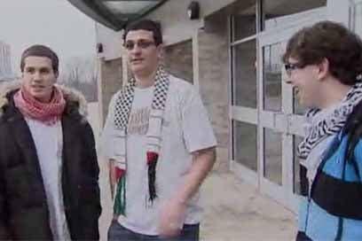 Kaffiyeh banned then allowed at US high school