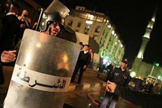 الشرطة المصرية تحتجز إيرانياً ضمن المشتبه فيهم بتفجير الحسين