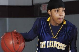 Hijab-wearing basketball star scores big in US