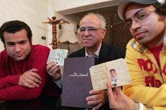"""آتش زدن منازل 4 تن از بهائيان مصر """"بر اثر تحريك يك روزنامه نگار"""""""