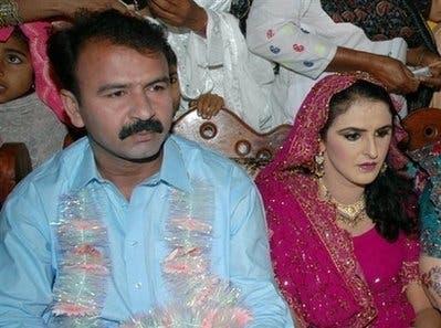 Pakistan gang-rape victim marries her bodyguard