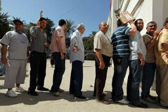 Eager Lebanese race to polls to cast their ballots