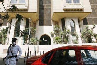 إغلاق الجامعة الأمريكية بالقاهرة بعد إصابة طالبين بإنفلونزا الخنازير