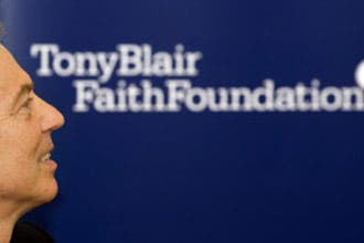 Blair launches global interfaith school program
