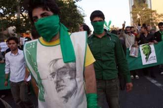 Iran's Mousavi petitions Khamenei to probe vote
