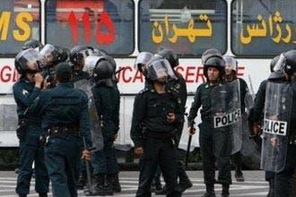 مرجع إيراني معروف: لا قيمة للاعترافات المتلفزة للمعتقلين