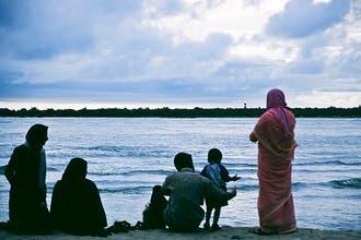 Preacher recommends beach, sun for Muslims