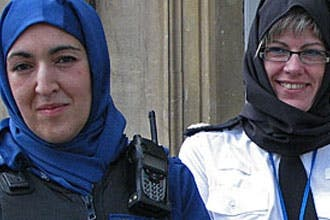 UK police issues female officers a uniform veil