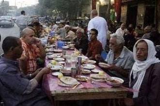 Egypt cracks down on breaking Ramadan fast