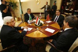 """زيباري لـ""""العربية"""": لا عودة لسفير العراق إلا بعد تمتين العلاقات"""