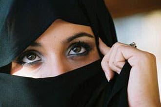 "Muslim women get ""halal"" cosmetics"