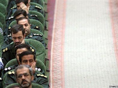احمدی نژاد : واگذاری سهام مخابرات به سپاه کار بسیار بزرگی بود