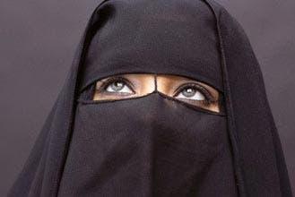 Egypt female students slam burka ban on campus