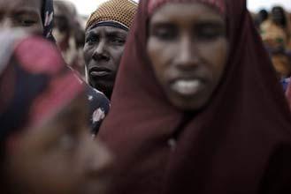 Somali hardliners whip women for wearing bras