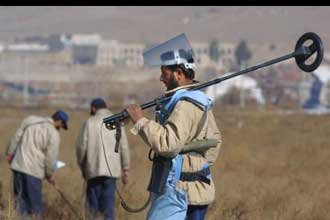 UN evacuates hundreds of staff from Afghanistan