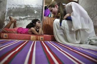 Angelina Jolie set to adopt an Arab child