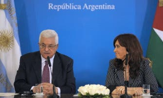"""Obama """"doing nothing"""" on Mideast peace: Abbas"""
