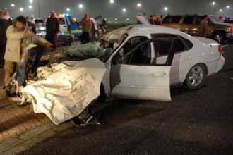 سباق سيارات غير مرخص يقتل 8 شبان ويصيب 14 في الكويت