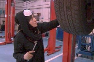First UAE women to work in car shop