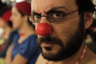 """اللبنانيون يقبلون على دورات تدريبية لتعلّم """"فن التهريج"""""""