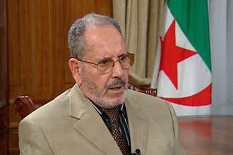 أئمة مساجد في الجزائر يرفضون تحية النشيد الوطني