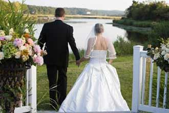 """%40 زواج الكبيرات بالشباب وبدء """"الزواج النهاري"""" بالسعودية"""
