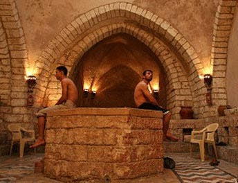 Gaza's bathhouse provides relief from turmoil