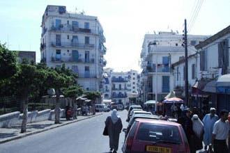 """حي """"باب الوادي"""" يجسد التعايش بين الأديان في قلب الجزائر"""