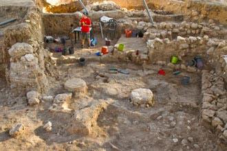 """اكتشاف أثري ينسف حكاية تدمير """"شمشون"""" لمعبد فلسطيني بساعديه"""