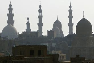 Cairo mosques begin unified call to prayer